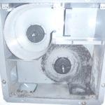 浴室乾燥機能付き換気扇クリーニング前